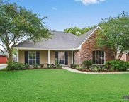 18544 Lake Iris Ave, Baton Rouge image