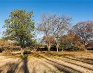 4831 S Lindhurst Avenue, Dallas image
