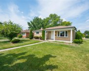 33859 Brownlea Dr, Sterling Heights image