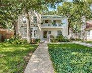 1523 Cedar Hill Avenue, Dallas image