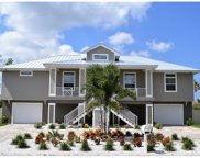 Oceanview Avenue, Palm Harbor image