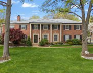 84 Lake Forest  Drive, St Louis image