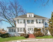 15 Manor Rd, Douglaston image