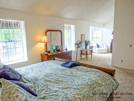 26828-madigan-dr-canyon-country-canyon-cntry-ca-91351_010_master-suite-to-retreat