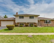 569 Siems Circle, Roselle image