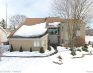 6337 Royal Pointe, West Bloomfield Twp image