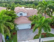 1847 Harbor Pointe Cir, Weston image