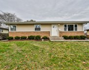 702 East Hackberry Lane, Mount Prospect image