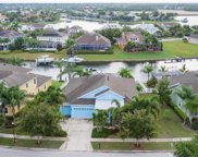 623 Manns Harbor Drive, Apollo Beach image