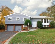 2 Stratton Road, Scarsdale image
