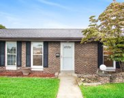 906 Berkley Circle, Mishawaka image