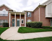11208 FARMINGDALE Unit 128, Walled Lake image