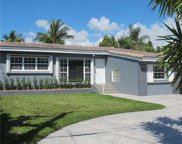 8942 Garland Ave, Surfside image