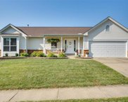 905 Weatherstone Dr, St Charles image