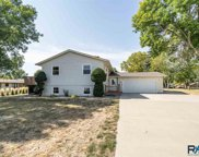 301 S Park Dr, Crooks image