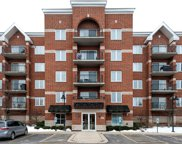 3401 North Carriageway Drive Unit 310, Arlington Heights image