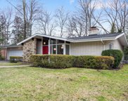 620 Indian Road, Glenview image