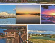 17401 N Island Circle, Bennington image