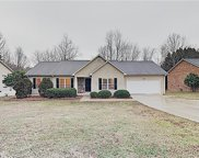 1657  6th Street, Hickory image