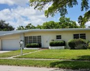 2071 Ne 191st Dr, North Miami Beach image