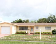 7041 Sw 5th Ct, Pembroke Pines image