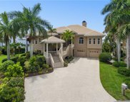 910 Whitakers Lane, Sarasota image