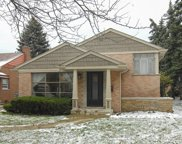 3919 West Albion Avenue, Lincolnwood image