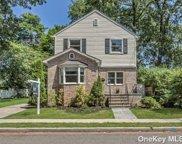 543 Madison  Avenue, W. Hempstead image