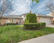 7212 Kidwell Road, Downers Grove image