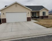 1015s 700w, Milford image