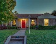 2736 Ivandell Avenue, Dallas image