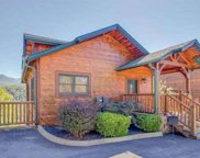 652 Park Vista Way, Gatlinburg image