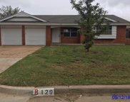 129 SW 15th Street, Moore image