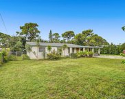 590 Nw 42nd St, Oakland Park image