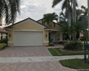 2000 Harbor View Cir, Weston image