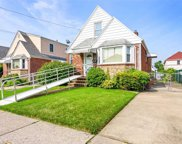 8332 259th St, Glen Oaks image