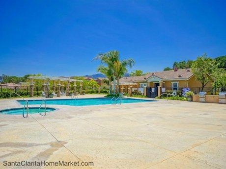 19704_Ellis_Henry_Ct_Santa_Clarita_CA_91321_community-swimming-pool