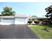 83 Indian Creek Drive, Levittown image