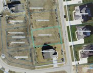 896 Pine Valley, Bowling Green image
