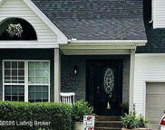 10522 PARKERWOOD Pl, Louisville image