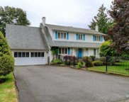 3275 Exeter  Rd, Oak Bay image