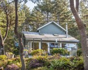 2030 Coast Ave Sw, Lincoln City image