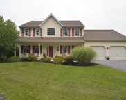 21 Spring Meadow Ln, Reading image
