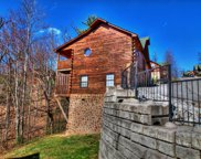 1526 Boo Boos Way, Sevierville image