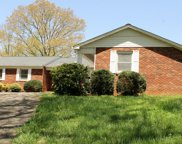 252 Huntleigh Drive, Franklin image