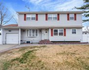 29 Fairdale Dr, Brentwood image