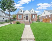 1633 New Hyde Park  Drive, New Hyde Park image