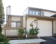 114 New Castle Court, Rolling Meadows image