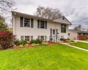 210 Cherrywood Road, Buffalo Grove image