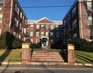 1 Meadow Dr, Woodmere image